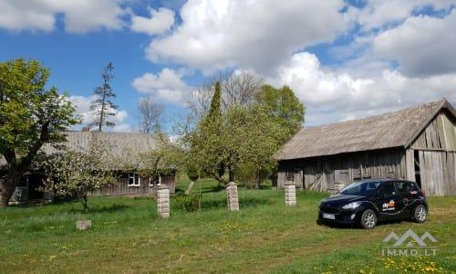 Ein alter Bauernhof