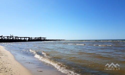 Namų valdos sklypas netoli jūros