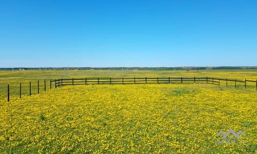 400 Hektar Ackerland