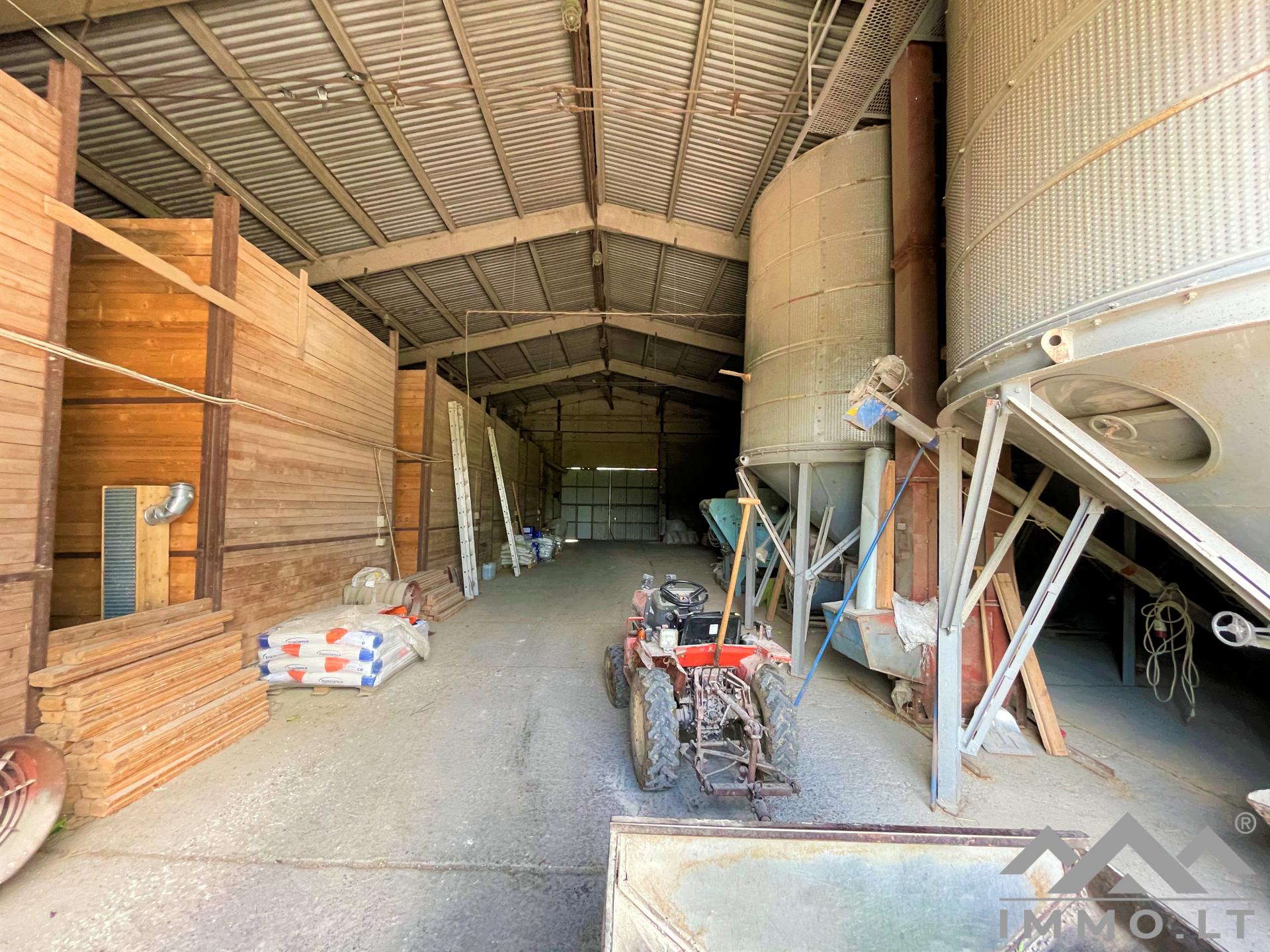 Milcherzeugerbetrieb   Real Estate Services